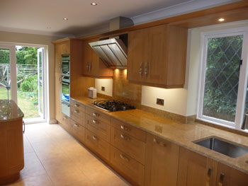 Kitchen Fitter In Poole Bathroom And Bedroom Sales And Installation M D Kitchens